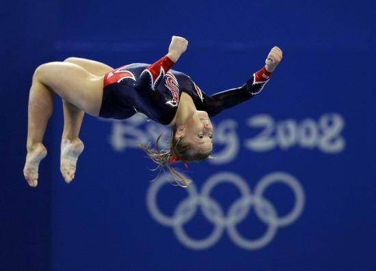Shawn-Johnson-the-olympics-2116060-2560-1841